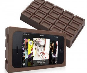 Have you ever wanted a chocolate bar iPhone case? Well now you can with the you guessed it…the chocolate bar iPhone case. I hear it actually smells like chocolate too!