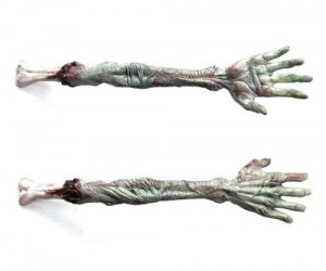Zombie Back Scratcher – Shaped like an undead hand this zombie back scratcher is sure to get all those hard to reach places…