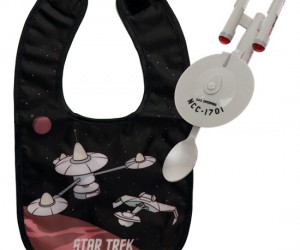 Start your baby's geekiness early with this Star Trek Enterprise feeding system that twinkles with motion activated LEDs.