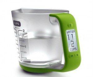 Never ever add the wrong amount of ingredients again with this futuristic lookingDigital Measuring Cup and Scale