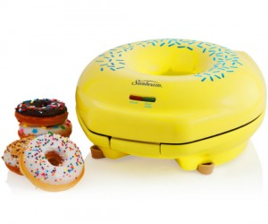 Make delicious donuts right from your very own kitchen. *DROOLS* Mmmmmm fresh donuts…