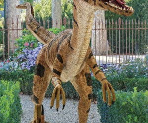 Life Size Realistic Velociraptor Statue – Why? Because why not, that's why!!!