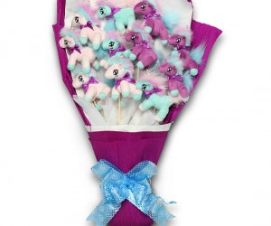 I can't  imagine anything being better than receiving a bouquet of unicorns for Valentine's Day!!!