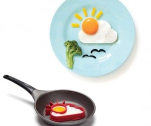 Sunny Side Egg Mold – Brighten your morning with a delicious sunny side egg breakfast, don't forget the bacon!