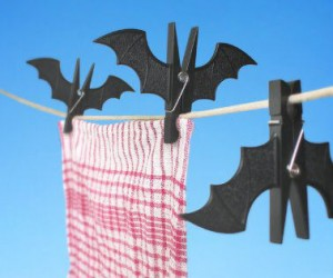 Bat Clothespins – Replace your boring old clothespins for spooky bat ones instead.