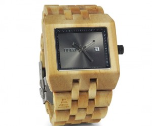 Micamove Handcrafted Wooden Watch – Modern technology and ancient elements working as one, such a beautiful combination.