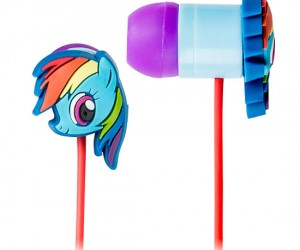 Earbuds featuring everybody's favorite pony, Rainbow Dash!!