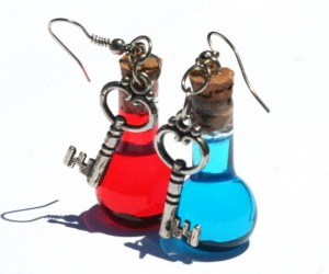 Health and Mana Earrings – It's always a good idea to carry an extra health and mana potion on you even if you have to hang them from your ears.