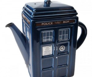 Doctor Who Teapot – Have a cuppa like the good Doc intended.