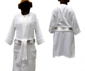 Star Wars Leia Bathrobe – If you have the Jedi Bathrobe, then you MUST get your girlfriend this one!