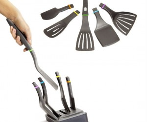 Just grab the handle and choose the perfect spatula for the meal you are cooking!