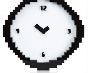 Pixel Wall Clock – Counting away the hours 8 bits at a time.