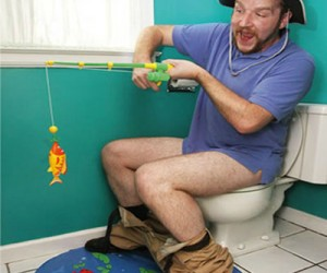 Toilet Fishing Game – If you're going to be there a while, you might as well have some fun.
