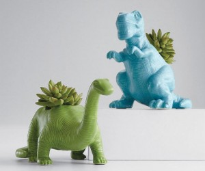Dinosaur Planters – Perfect for growing your very own Bulbasaur (sort of).