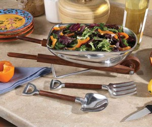 The appropriate serving bowl for a fresh salad straight from your home garden!