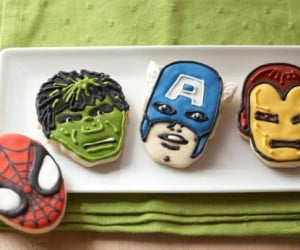 Marvel Comic Hero Cookie Cutters – Your favorite marvel hero now in cookie cutter form!