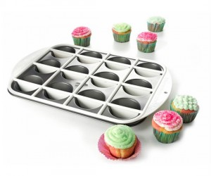 Can't decide which flavor of cupcake to bake? Why not cook both flavors in the same cupcake!
