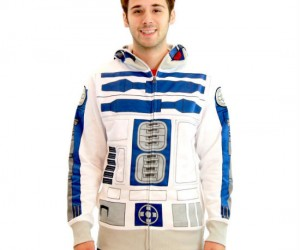 Star Wars R2D2 Hoodie – Not so great at talking to people? No problem! Just throw this hoodie on and beep boop your way through any conversation.