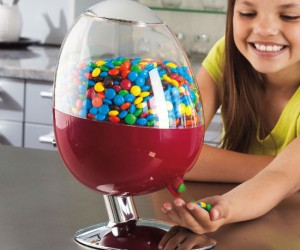 Get your daily candy fix with the wave of a hand.