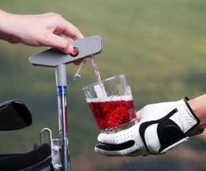 Putter Drink Caddy – Because who doesn't enjoy a drink on the green?