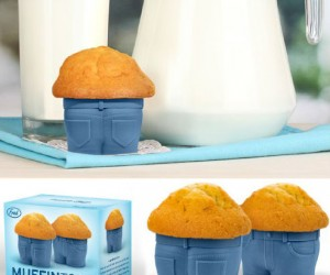Muffin Top Baking Cups – Sometimes a muffin top isn't necessarily a bad thing.