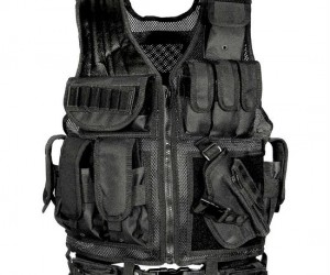 Take on any situation with the UTG tactical scenario vest.