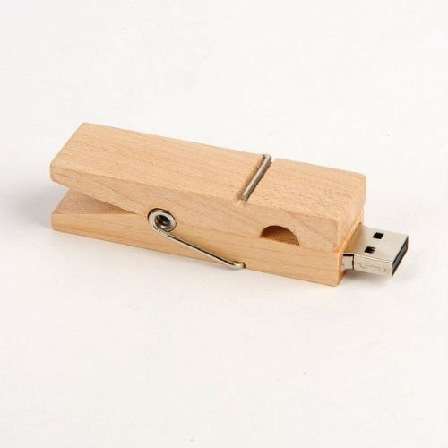 Clothes Pin USB Flash Drive