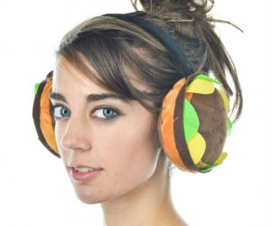 Hamburger Earmuffs – Hamburgers are good for all sorts of things… curbing your hunger, keeping your ears warm… maybe thats about it.