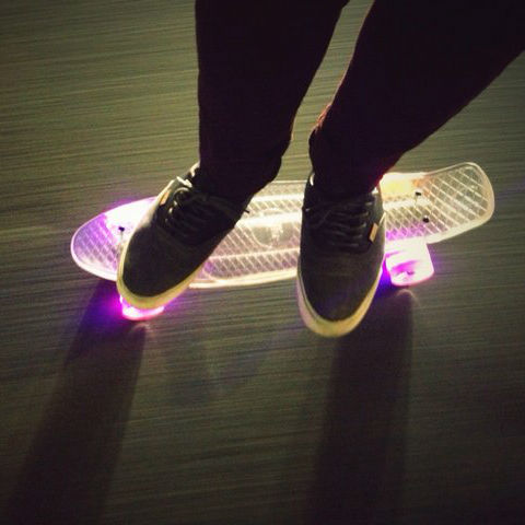 light up skateboard