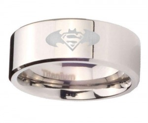 Can't decide on either a Batman or a Superman ring? Then why not both?