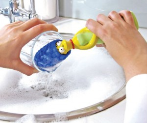 It just so happens Marge's hair makes the perfect dish scrubber!