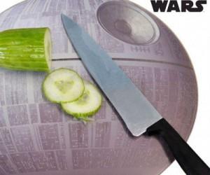 Death Star Cutting Board – That's no moon. It's a cutting board.