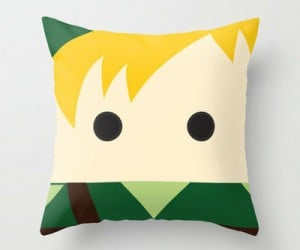 Link Legend Of Zelda Throw Pillow – The most cuddliest pillow in all of Hyrule!