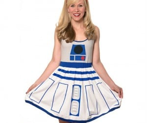 Star Wars R2D2 Dress – Ever imagine R2D2 could ever look this good?