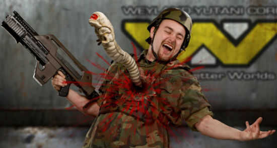 alien-chestburster-plush-2