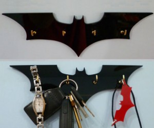 Batman Key Rack – No more misplacing the keys to your batmobile