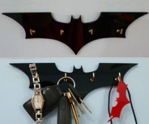 Batman Key Rack – No more misplacing the keys to your batmobile