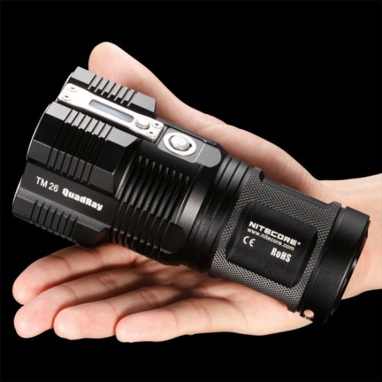 3500-lumen-flashlight-2