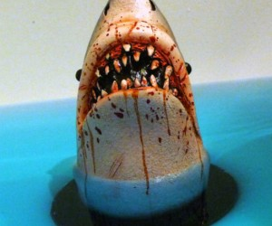 Shark bath stopper – You're gonna need a bigger bathtub!
