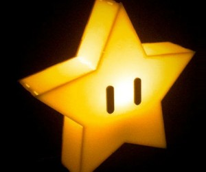 Super Mario Star Lamp – Perfect for putting atop your Nintendo themed Christmas tree!
