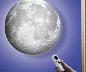 Enjoy the shining beauty of the moon right in your room!