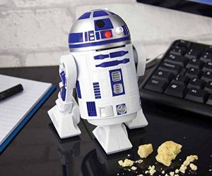 R2D2 Desk Vacuum –From the hard vacuum of space comes the helpful droid Artoo-detoo to vacuum up your mess