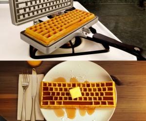 Keyboard Waffle Maker! –CTRL+ALT+DELicious!