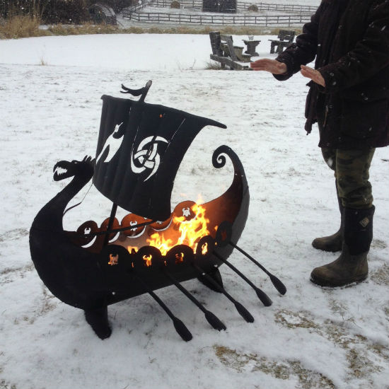 viking-ship-fire-pit-2