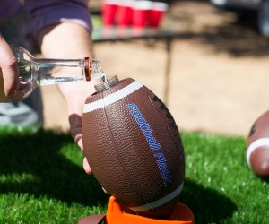 The Football Flask! – Pass me a drink!
