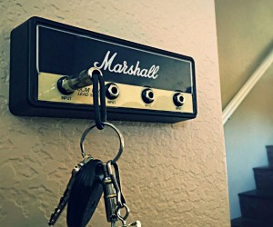 Marshall Guitar Amp Key Holder – Hang your keys like a rockstar!