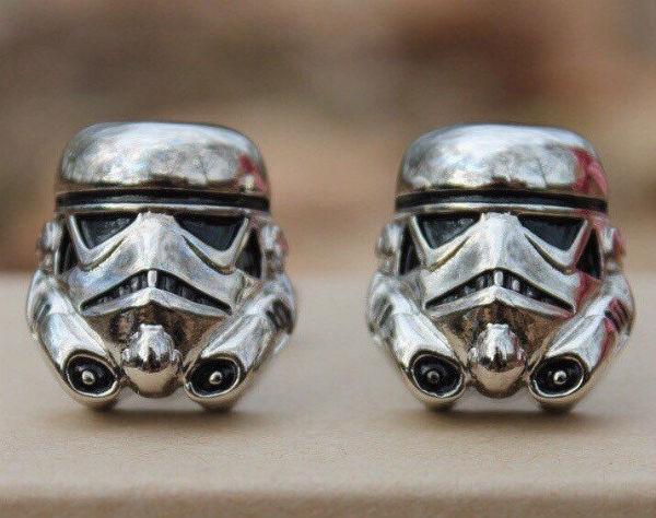best-star-wars-products-2016-stormtrooper-cufflinks