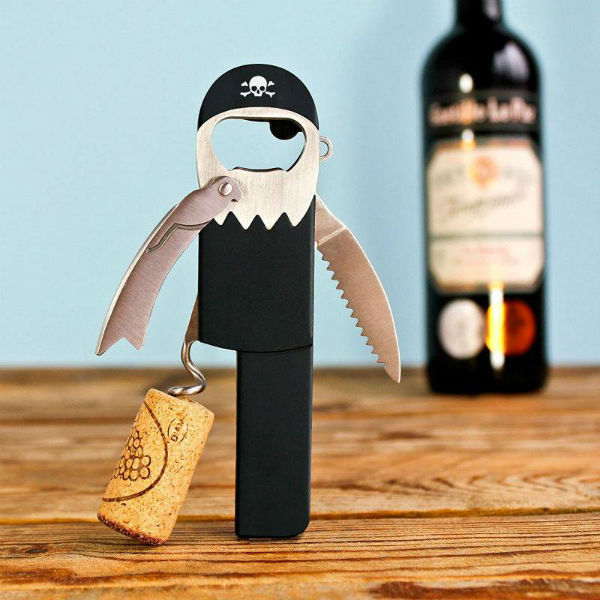 pirate-corkscrew-wine-opener-suatmm