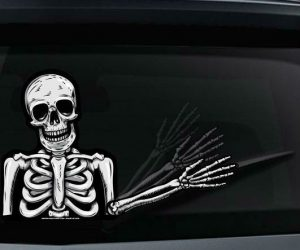 Skully The Skeleton Wiper Tag Decal – Drivers are going to die laughing when they experience Skully the skeleton waving at them at a stoplight.  If you want your vehicle to
