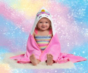 All parents know that unicorns are all the rage right now! This Unicorn Baby Towel makes the perfect birthday gift, baby shower gift, or christmas present.